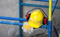 5 Ways to Get Employees to Use Personal Protective Equipment